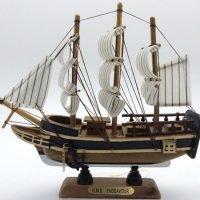 Ship the Endeavour Wooden Ship Collectable