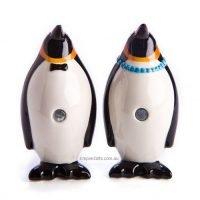 2pc Mr & Mrs Penguin Salt & Pepper Shaker Set