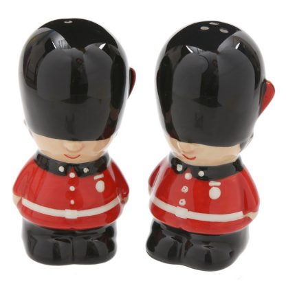 London tower guards salt & pepper set