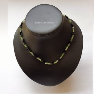 Magnetic necklace green crystal beads