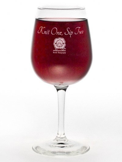 knitting-theme-knit-one-sip-two-wine-glasses